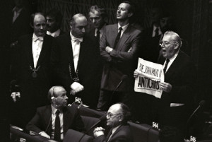 REVEREND IAN PAISLEY HOLDS SIGN READING POPE JOHN PAUL II ANTICHRIST DURING SPEECH IN STRASBOURG.